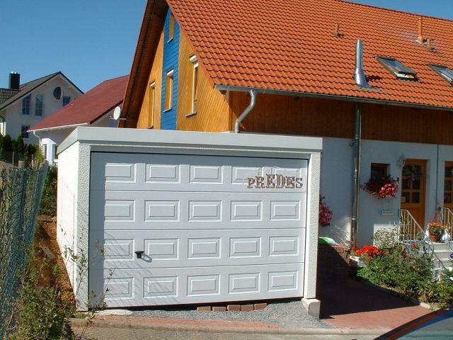 Garajes prefabricados para turismos garajes prefabricados for Cubiertas para garajes